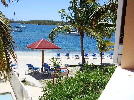 Le Flamboyant Hotel and Resort: vue depuis la logia