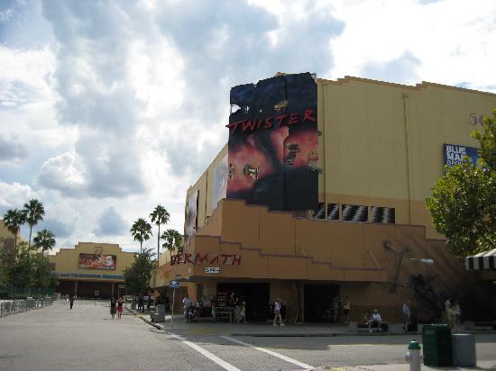 Universal Orlando Resort: twister
