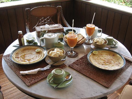 Alam Shanti: Our beautiful breakfast - my favorite.