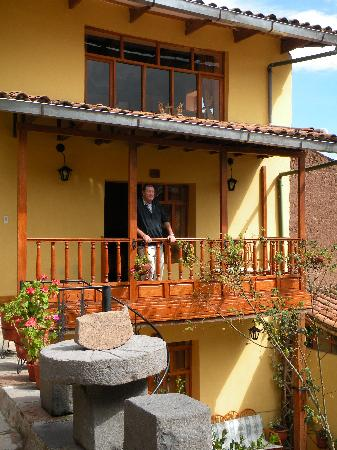 Amaru Hostal: Outside the rooms