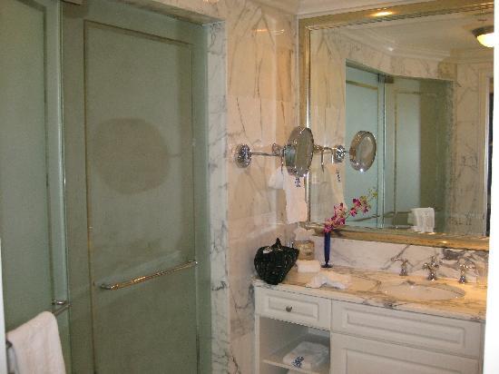 Nice bathroomPicture of The RitzCarlton Coconut Grove Miami
