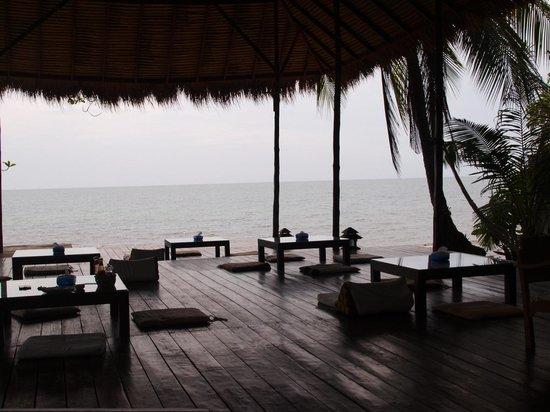 Warapura Resort: seaview from restaurant