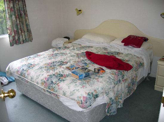 Alcala Motor Lodge: Master bedroom - unit 5