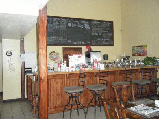 La Ville Inn: Coffee shop