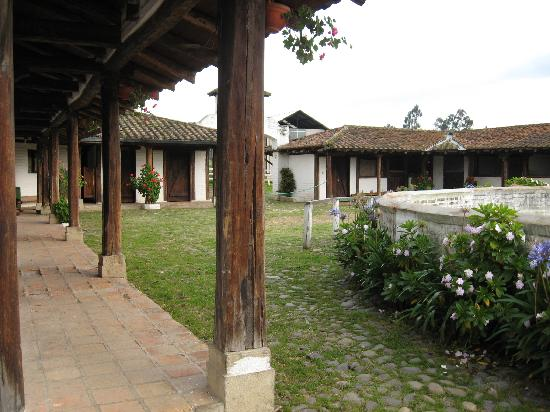 Cayambe, Équateur : the stables