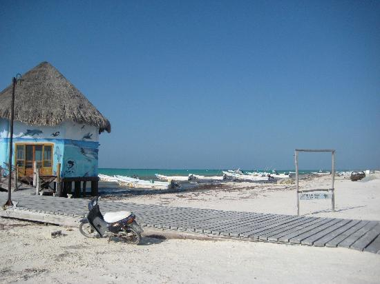 Baktun Hotel: The main beach from downtown Holbox - different than the beach by Elements