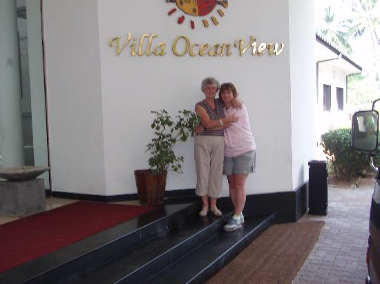 Villa Ocean View Hotel: ma and me