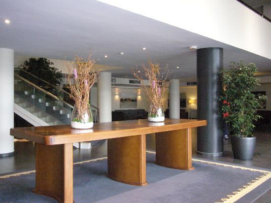 Hotel Balneario TermaEuropa Playa Coma-Ruga: recepcion