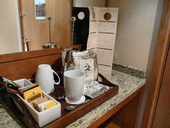 Deluxe room - Tea and coffee selection