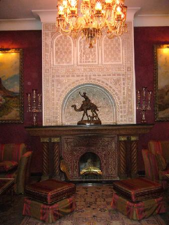 La Sultana Marrakech: Sitting room off one of the riads