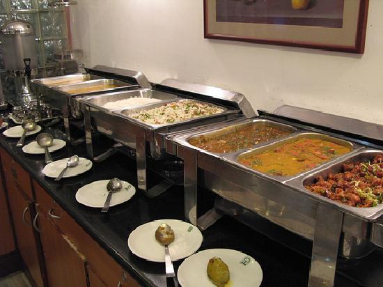 Hotel Park Plaza: dinner buffet