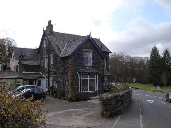Side View of Fair Rigg Guest House!