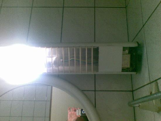 Hotel Birbey: lamp