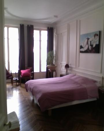 A Room in Paris: bedroom/rue lafayette