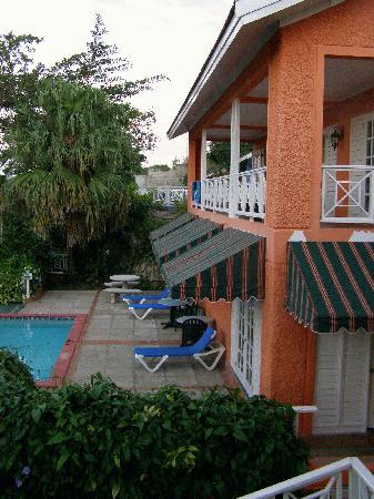Sandals Ochi Beach Resort: External view Manor Plantation Villa with Pool