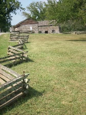 Lincoln Homestead State Park: Split rail fencing