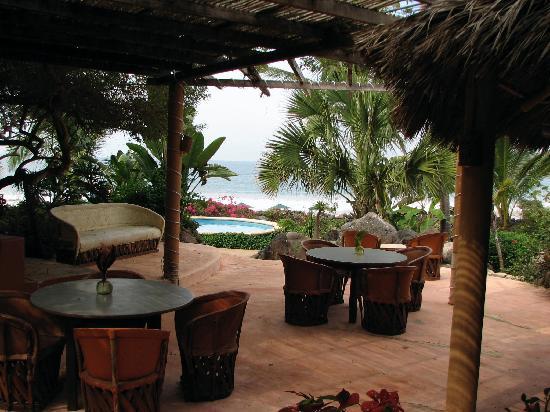 Mar de Jade Retreats Wellness Vacation: where you eat! (amazing!)