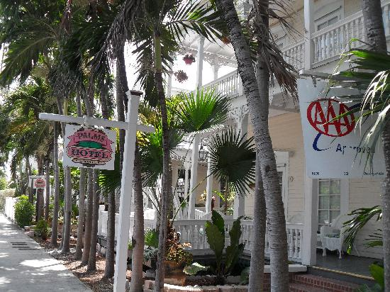 The Palms Hotel- Key West: The front of The Palms