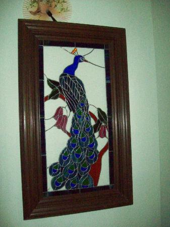 Serenity Hill Bed and Breakfast: Beautiful Art!