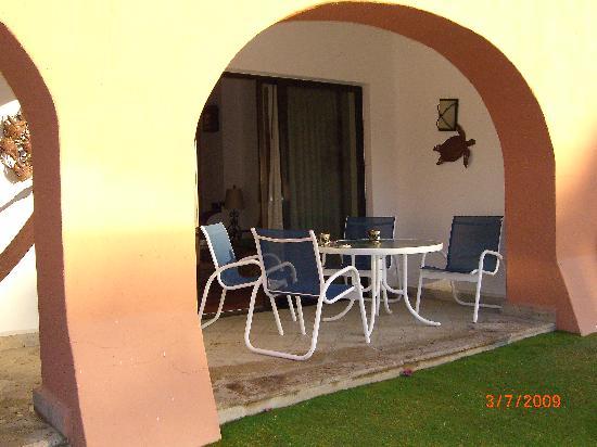 Casa Del Mar Beach Condos : View of the Patio