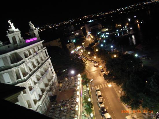 Location Opatija 3 - By night