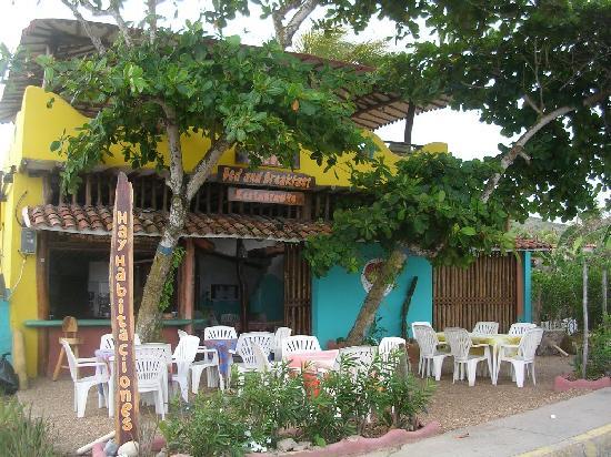 Posada Los Mangos : view from the front of Los Mangos