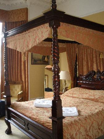 Inverleith Hotel: Four-poster suite