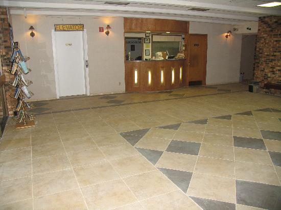 Quality Inn: newly renovated floor