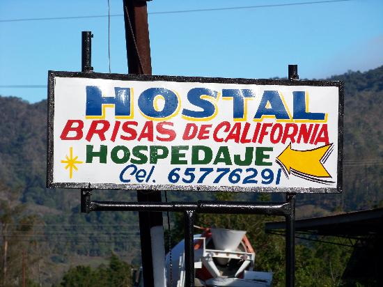 Hostal Brisas del Volcan: Sign on the main road