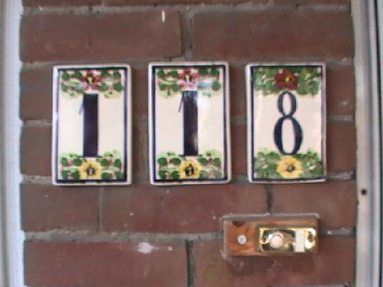 Havinn Bed&Breakfast: 118 spadina avenue