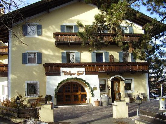 Gartenhotel Völserhof: Facciata dell'hotel