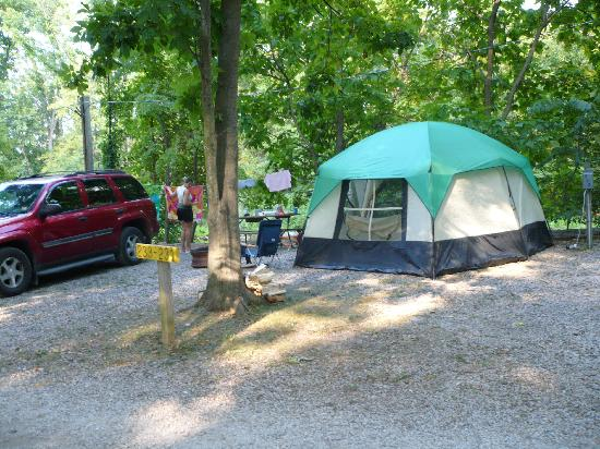 Gettysburg Campground: our campsite by the creek