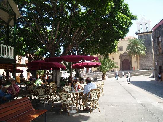 Hotel San Roque: Garachico's square