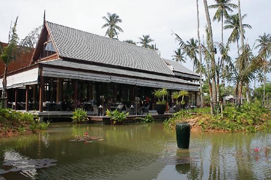 Anantara Mai Khao Phuket Villas: Main restaurant (breakfast & dinner)