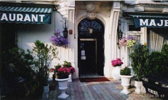 Hotel Majestic : l'entrée