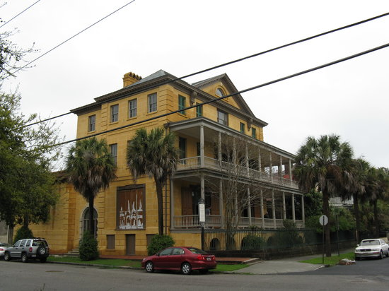 ‪Aiken-Rhett House‬