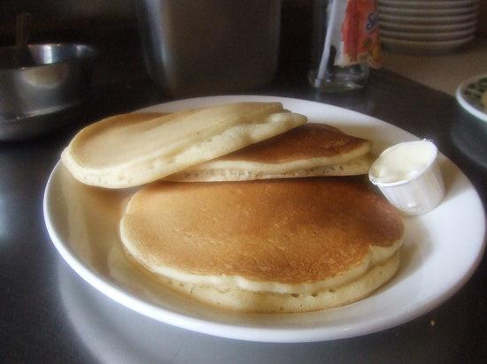 Aris Place: pancakes