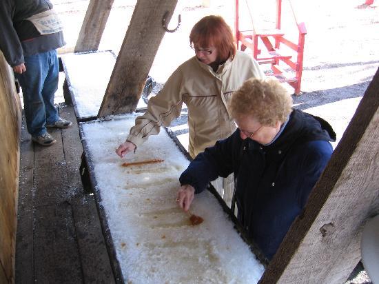 Sand Road Sugar Camp: Taffy on Snow