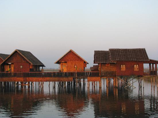 Nampan, Myanmar: Cottage
