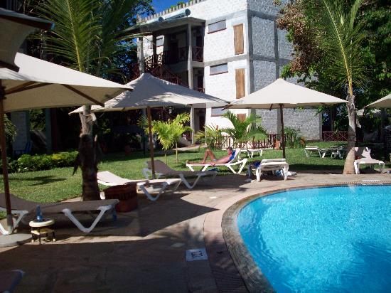 Baobab Beach Resort & Spa: maridadi pool
