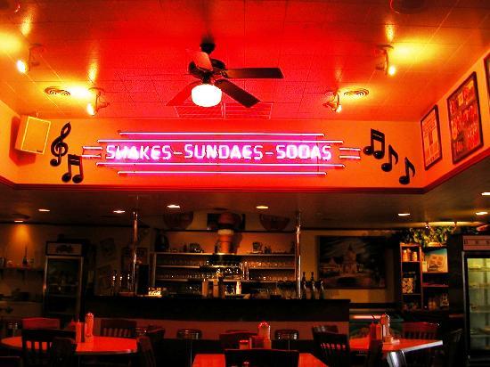 Mel's Hard Luck Diner: Shakes Sundaes Sodas
