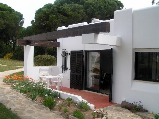 Prado Villas: Villa patio