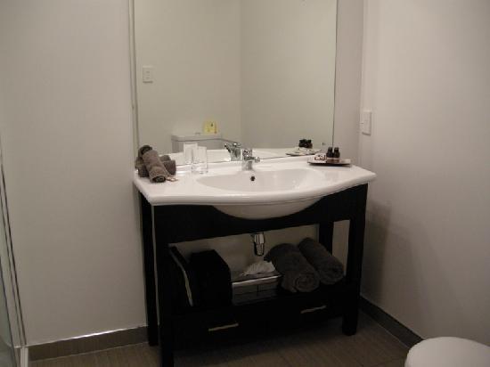 Bellano Motel Suites : Bathroom
