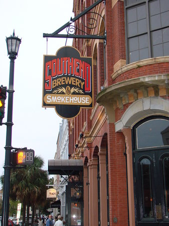 Southend Brewery & Smokehouse: Exterior