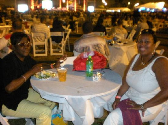 Residence Inn Fort Lauderdale SW/Miramar: Enjoying The Concert