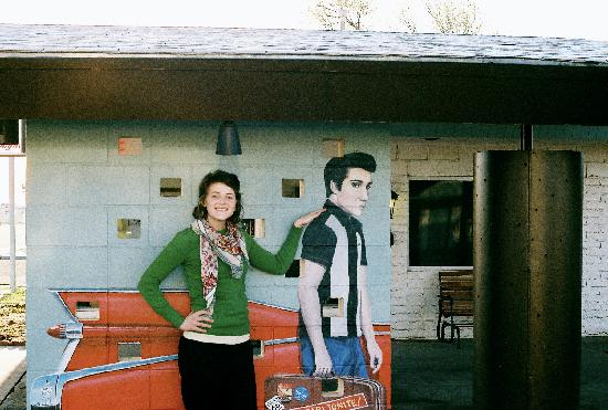 Motel Safari: Elvis and I...
