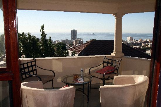Maartens Guesthouse: Balconny and view