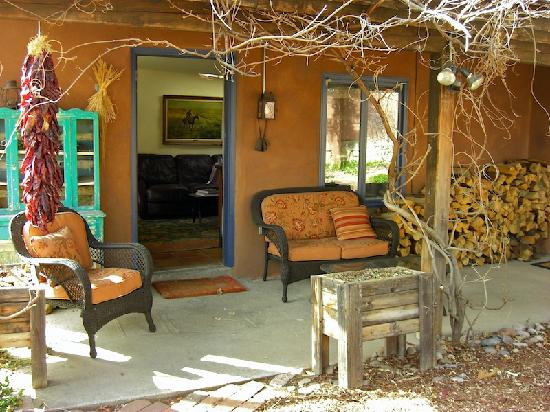 front porch of the cottage at Alexander's Inn