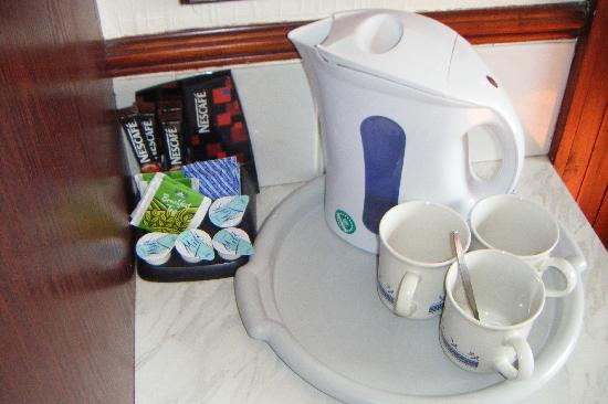 Trentham Guest House: Hospitality tray
