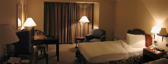 Swissotel Lima - bedroom